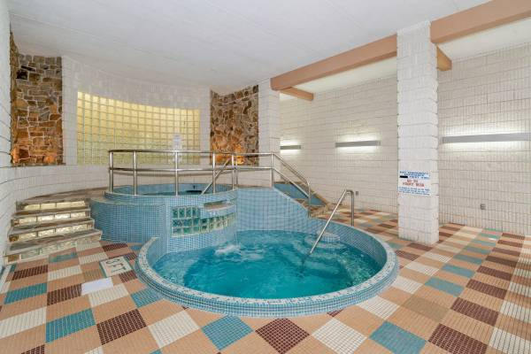 Hotel Amenity - Split-Level Whirlpool Hot Tub